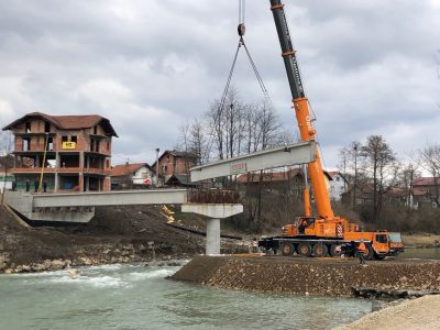Montaža mosta u Jelahu