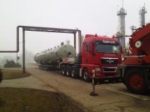 Transport kolone u rafineriji nafte Brod