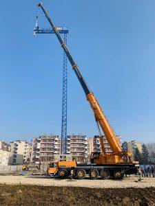 Montaža građevinskog krana u Doboju